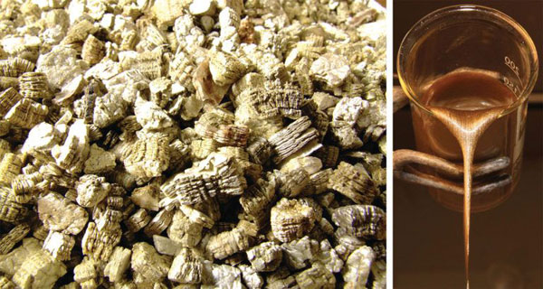 Exfoliated Vermiculite and Beaker Pour